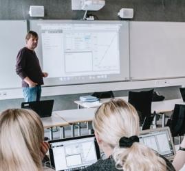 wireless-projectors-education